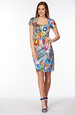 Barevné dámské šaty s tvarovaným výstřihem 7133