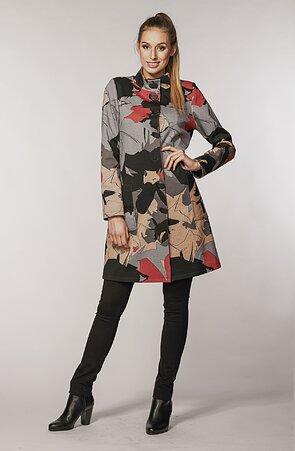 Delší šedý vzorovaný dámský kabátek se stojákem 7656