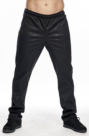 Softshellové černé pánské kalhoty s kapsami na zip 977
