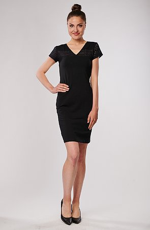 Bavlněné černé dámské šaty s krajkou 7059