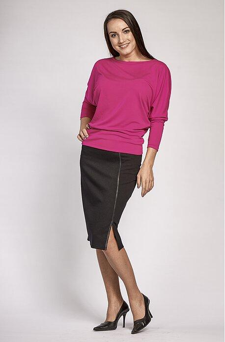 Delší černá dámská sukně s rozparkem 155